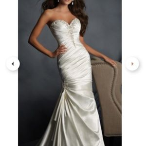 Alfred Angelo Style 2404 Wedding or Prom Dress
